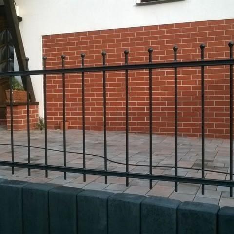 metalowe ogrodzenie krosno